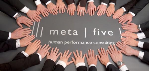 meta | five, Kontakt